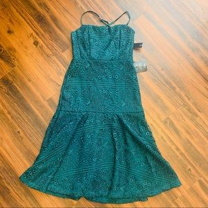 Lulu's emerald green mermaid lace evening dress